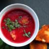 Apfel-Rauner-Suppe mit paniertem Sellerie und Schafkäse